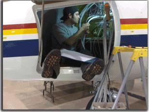 Aircraft Avionics Installations at Maxcraft