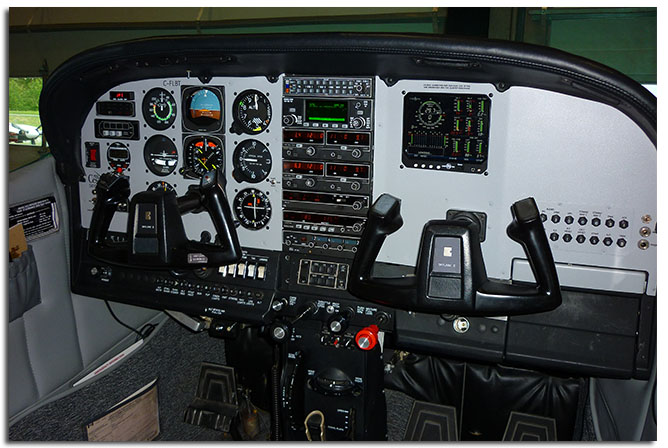 Cesna 182 with EDM 930